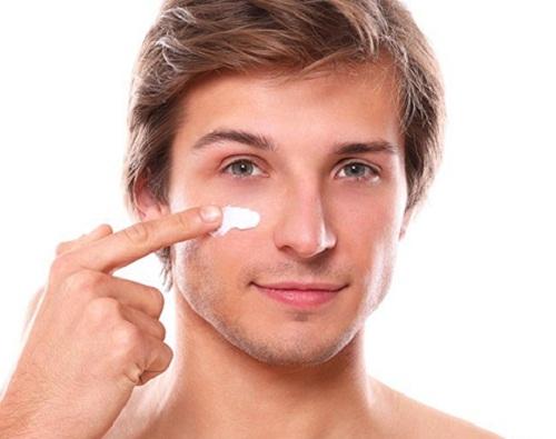 Tắm trắng CN Nhật Bản hiệu quả và an toàn hơn các loại kem dưỡng trắng da cho nam