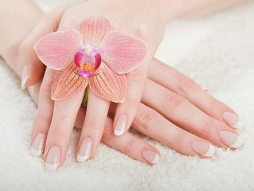 Làm trắng da tay an toàn và hiệu quả