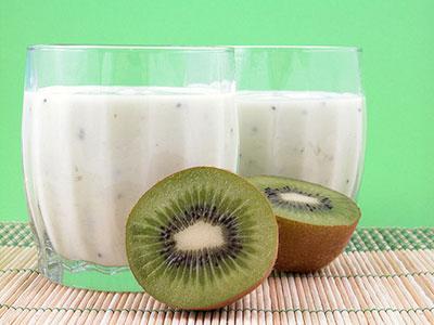 Kem tắm trắng toàn thân hiệu quả từ quả kiwi