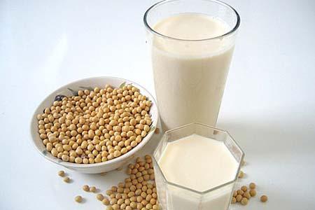 sữa dưỡng thể trắng da từ sữa đậu nành