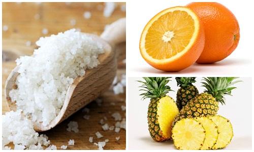 Muối có thể kết hợp với cam hoặc dứa để tắm trắng