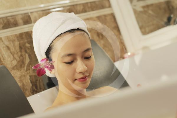 TMV Đông Á là địa chỉ hàng đầu về tắm trắng mặt và tắm trắng toàn thân tại Hà Nội