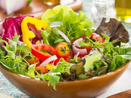 Chế độ ăn uống lành mạnh giúp da sáng khỏe hơn