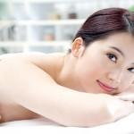 Sản phẩm kem tắm trắng loại nào tốt nhất cho da nhờn mụn?